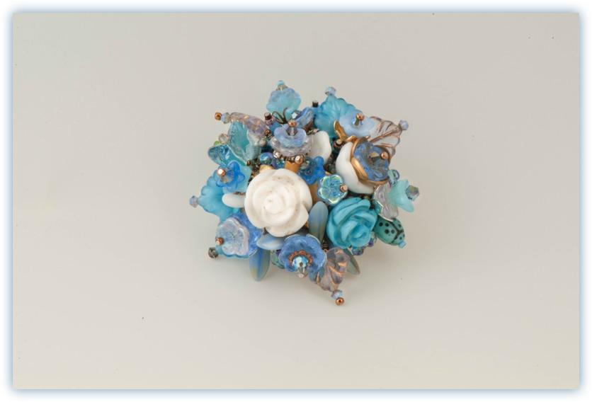 "Flower Pin ""Marine"""